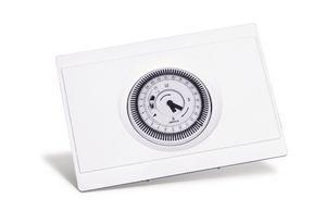 215390 | IDEAL TIMER MECHANICAL 24HR 5V KIT | Caradon
