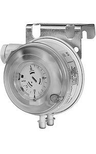 QBM81-3   Siemens qbm 81-3 air pressure switch 20-300pa   Siemens
